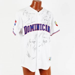 dominican signed jersey