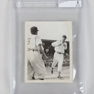 1941 Boston Red Sox Ted Williams - Type 1 Press Photo (5 Excellent)