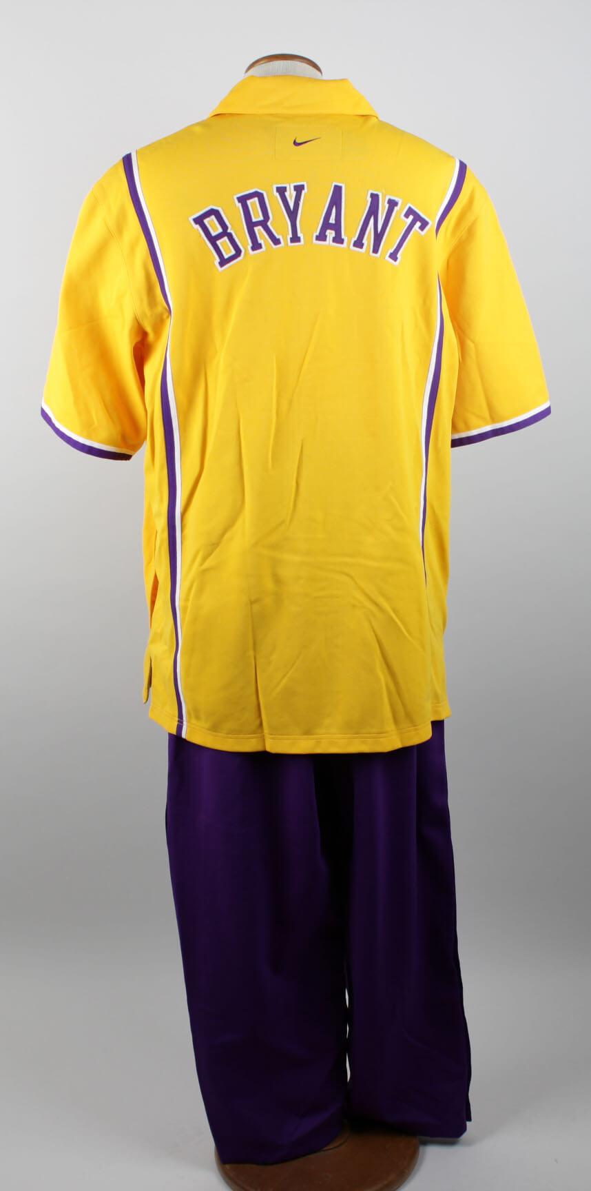 1998-99 Los Angeles Lakers - Kobe Bryant Game-Worn Warm-Up Uniform (Shooting Shirt & Pants)