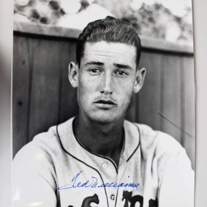 Boston Red Sox Ted Williams Signed 16x20 Photo