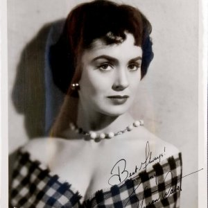 Susan Cabot Signed & Inscribed (Best Wishes) B&W 8x10 Photo Best Remembered As Janice Starlin ( Wasp Woman)