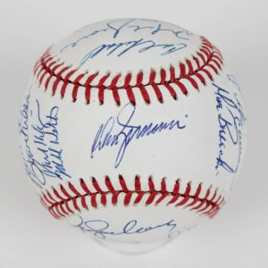 1989 Chicago Cubs ONL (Giamatti) Team Signed Baseball , Grace, Sandberg, Dawson,Walton (ROY)