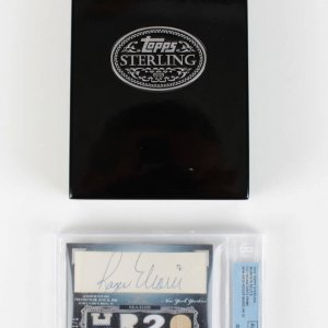 2006 Topps Sterling Moment Prime Relics - Yankees Roger Maris Signed Cut, Game-Used 1/1 Card (#RM - HR20 - Beckett Encapsulated))