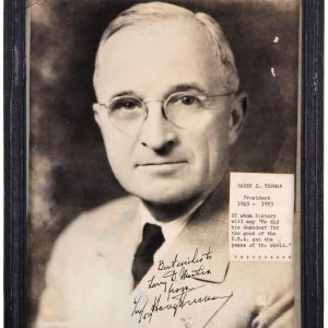 President Harry S. Truman Signed 6/24/59 8x10 Photo