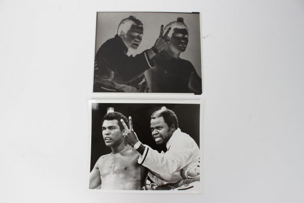 """Muhammad Ali with Bundini Brown Original 8x10 Photo with Negative Used for Trading Card """"Everyone Sees"""