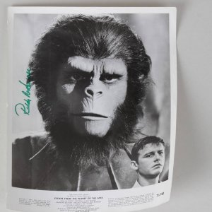 Roddy McDowall Signed 8x10 B&W Escape From The Planet Of The Apes Photo
