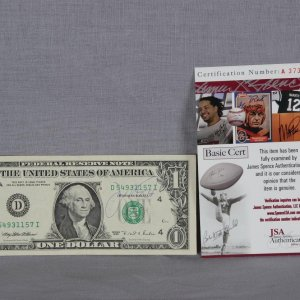 San Francisco 49ers - Joe Montana Signed Dollar Bill (JSA COA)