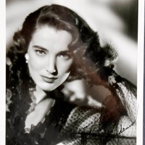 Julie Adams Signed & Inscribed( Warmest Wishes) 8x10 B&W Photo Best Remembered For 3-D Feature Creature From The Black Lagoon
