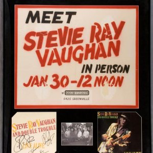 Steve Ray Vaughan Signed Promoyional Flat For Live Alive Display w/Dallas Rocord In-Store Appearance Sign (jan.30.1987)w/Original Band Photo Also Signed By Chris Layton