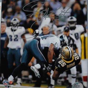 Philadelphia Eagles - Sheldon Brown Signed  & Iscribed (24 ) 8x10 PhotoSignature Grades 9-10