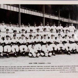 1955 New York Yankees - Vintage Team 8x10 Photo - Bob Grim (ROY)
