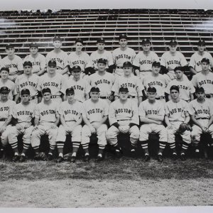 Vintage 1947 Boston Red Sox Original Team 13x20 Photograph