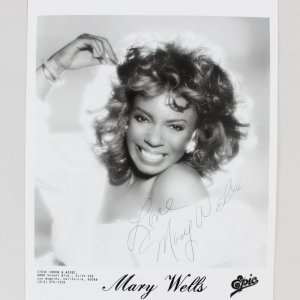 Mary Wells Signed & Inscribed (LOVE) 8x10 B&W Epic Records Photo