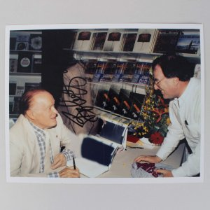 Bob Hope Signed 8x10 Photo