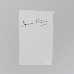 Actor Laurence Olivier Signed 4x6 Cut (JSA)