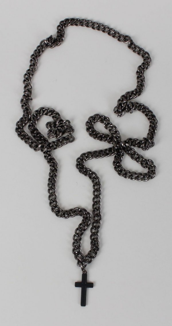 Motley Crue Tommy Lee Personal Worn Chain & Cross-Photomatch from Bobbie Brown