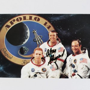 Apollo 14 NASA Astronaut – Alan Shepard Signed Photo Card Cut (JSA)