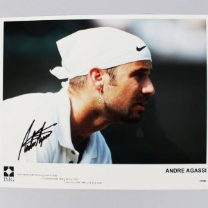 Tennis Pro - 1995 U.S. Open - Andre Agassi Signed 8x10 Photo (JSA)