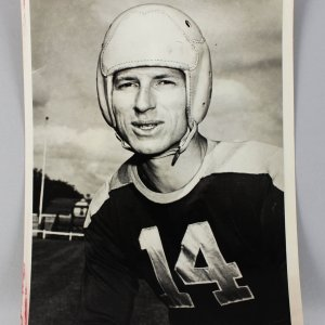 Green Bay Packers - Don Hudson 8x10 Wire Photo