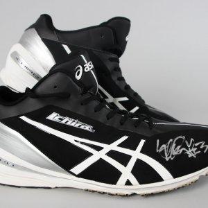 2014 NY Yankees - Ichiro Suzuki Game-Worn, Signed Turf Shoes - COA Player Letter