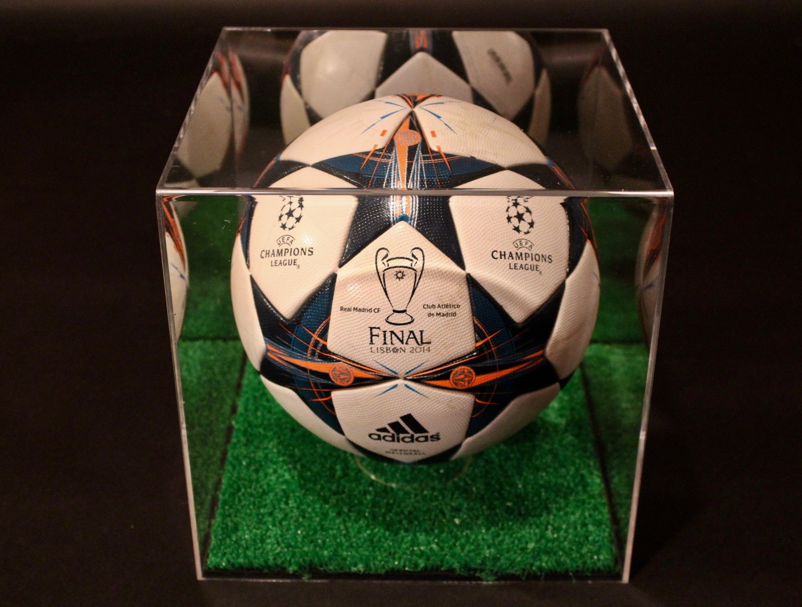 2014 uefa champions league game used match ball real madrid v atletico madrid memorabilia expert 2014 uefa champions league game used