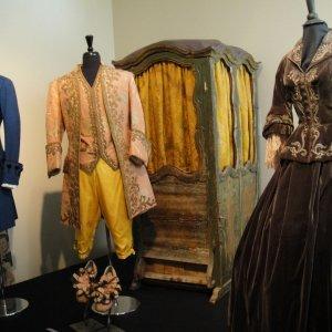 Costumes, Props